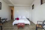 Como Exec: Bedroom on Oneroa Apartment