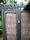 Bella Vista: Outdoor shower